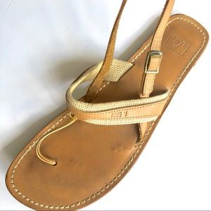 FRYE LEATHER THONG STRAP SANDAL